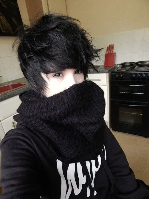 Boy Emo And Cute Bild Emo Boy Hair Short Scene Hair Short Emo Hair