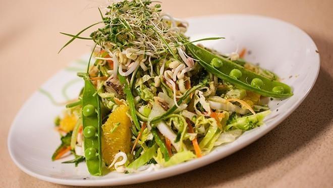 Rawfood-salaatti - Sara La Fountain | 24Kitchen