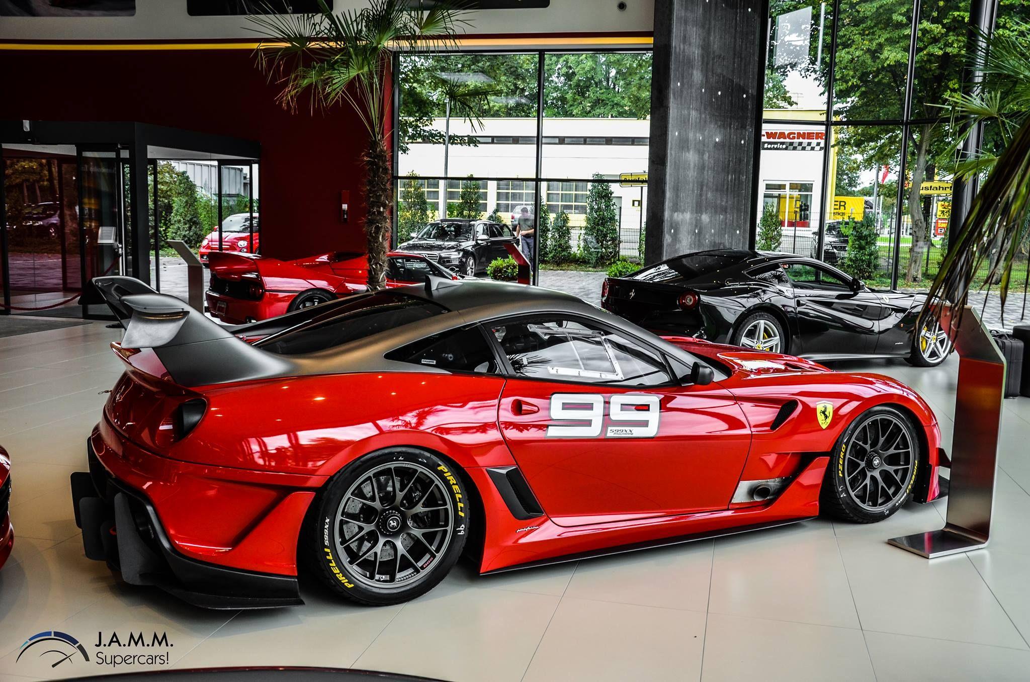 Ferrari 599XX..