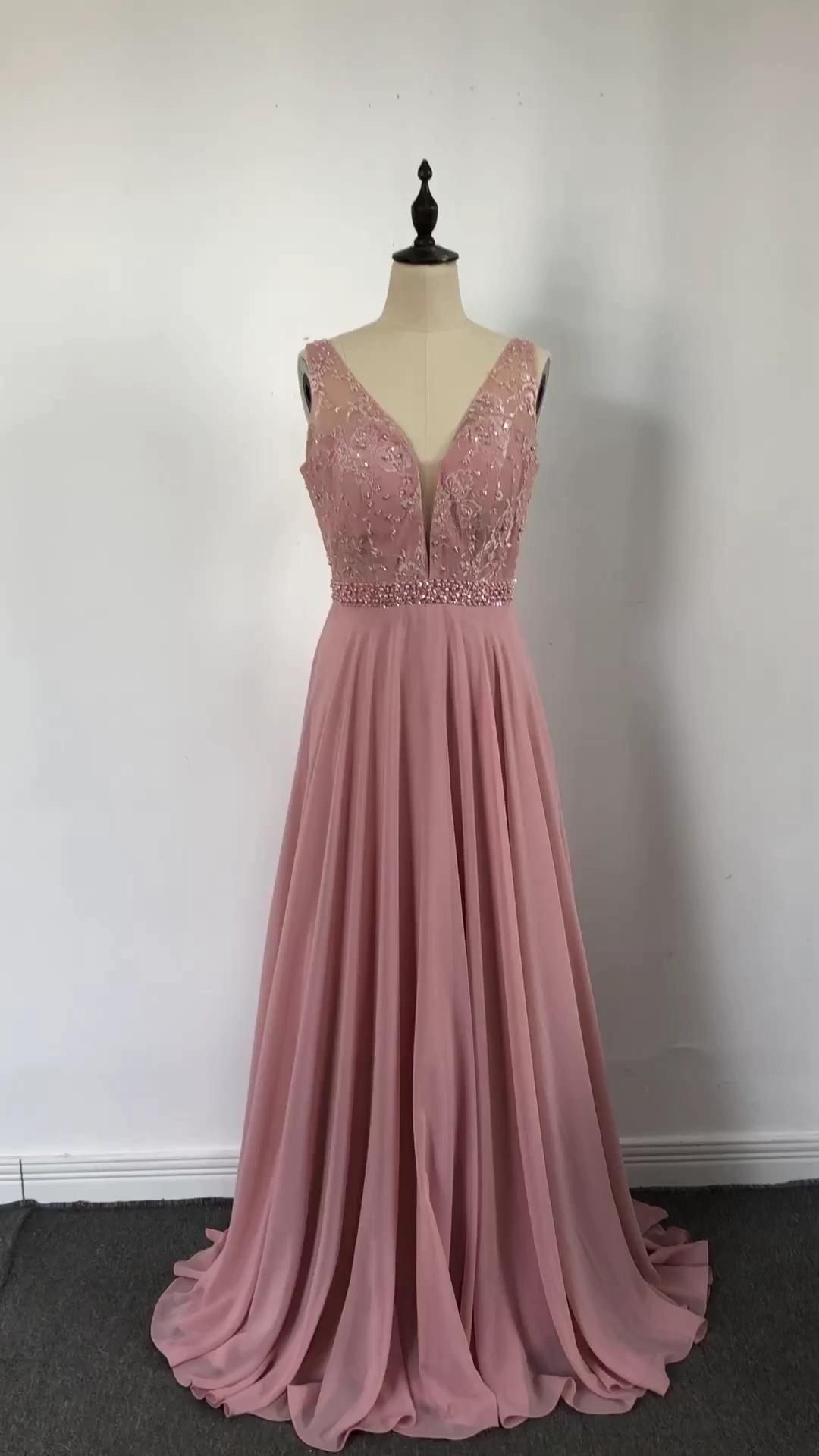 Abendkleid Lang Altrosa Chiffon Mit Perlen Rückenausschnitt [Video] in 10   Hochzeitsgast kleidung, Homecoming kleider, Abendkleid