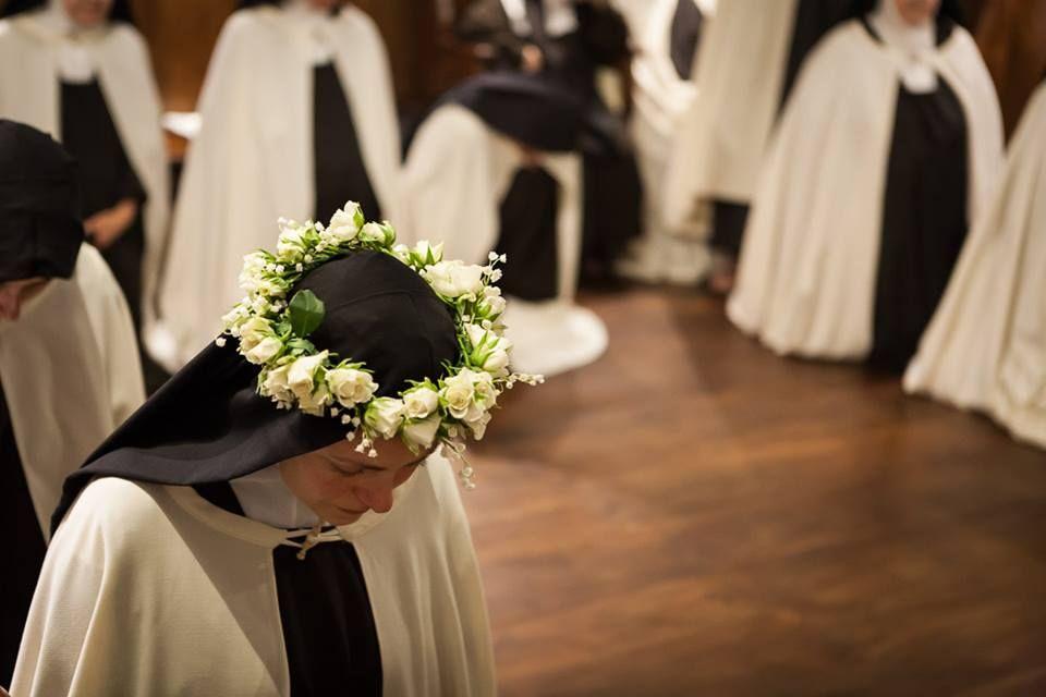 Monastero Carmelitane Missa Catolica Igreja E Vocacoes