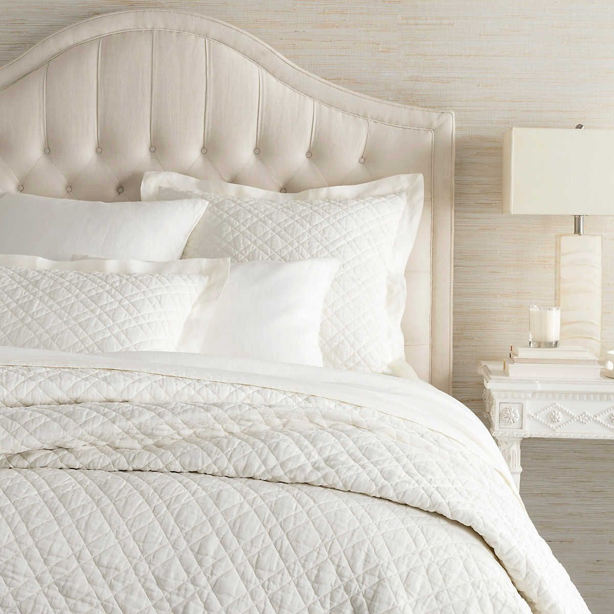 Washed Linen Ivory Quilt Pine Cone Hill in 2020 Bed