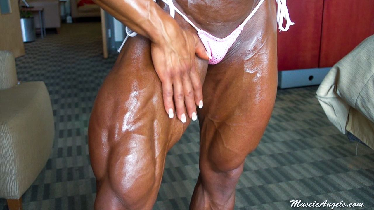 Oiling Sensual Female Muscles