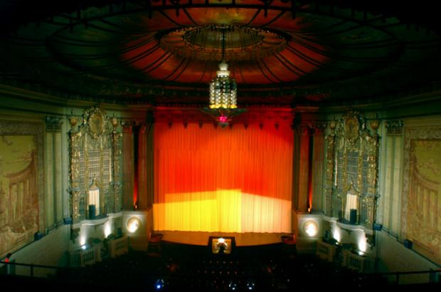 7 Coolest Movie Cinemas Around The World - Airows