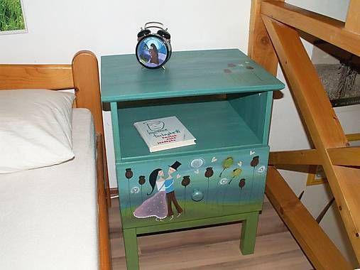 ZelenaPani / V makovom políčku - nočný stolík