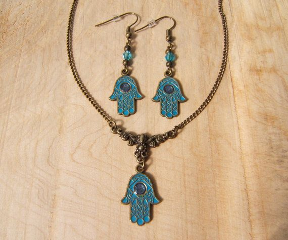 Unique Hamsa Hand Necklace and Earrings set. Hand by VernaCrafts