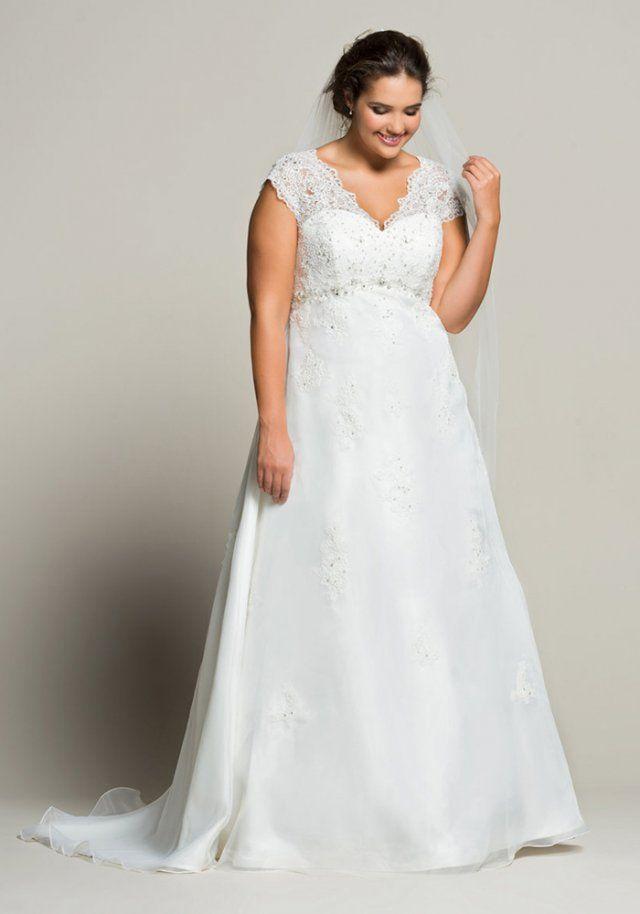 b5e2a808d3ea Robe de mariée grande taille Linzi Jay - Marie Claire   robe de mariée