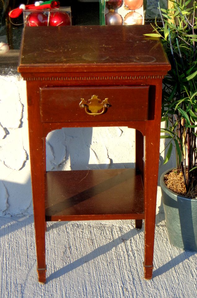 Accent Pieces - Used Furniture Detroit Area (FredsUniqueFurniture) - Vintage Genuine Mahogany Accent Table. 17 X 15 X 29 1/2. <b>$40</b
