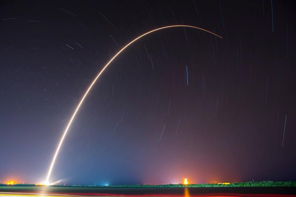 RT @Forbes: SpaceX successfully landed another rocket early this morning: https://t.co/vIerqScwGz https://t.co/aWh1R6Ah7t