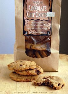 Joe's Chocolate Chip Cookie! Do we think these are Uncle Eddie's brand repackaged?! Or what? <3333