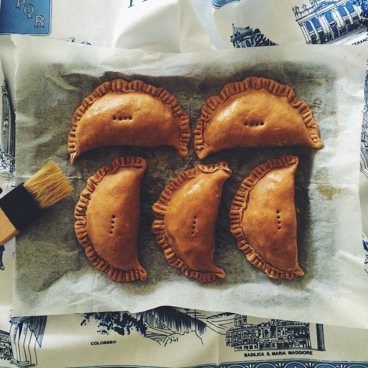 Spiced Pumpkin and Quinoa Empanadas — Naturo Medico | Melbourne Naturopath | Roberta Nelson #fodmap #fructosefriendly #spelt http://snip.ly/I29l