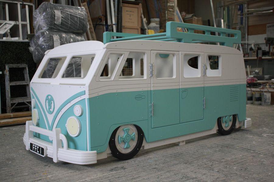 Slammd Custom Camper Van Single Bed And Teardrop Desk Put