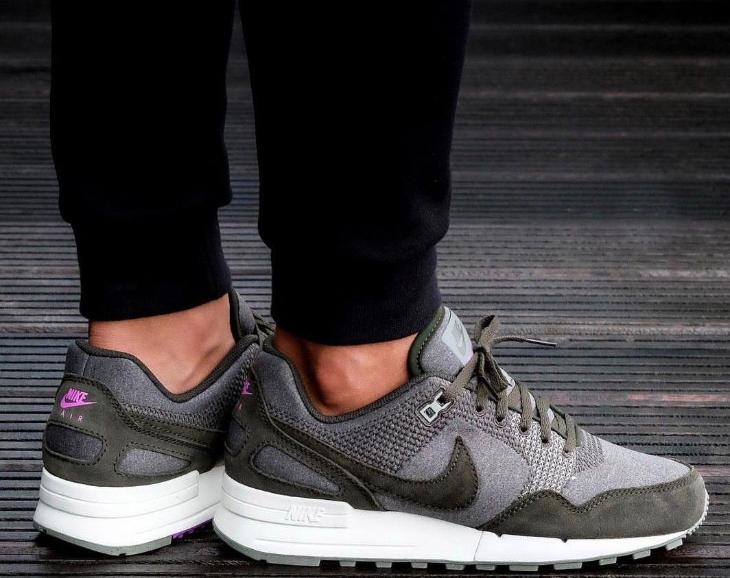 cheaper 1f813 a14a1 Les 42 meilleures images à propos de Chaussures sur Pinterest   Nike  cortez, Chaussures Femme et Nike