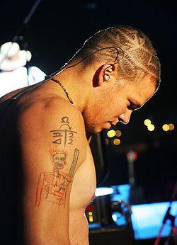 Rene Perez Joglar, Residente Calle 13