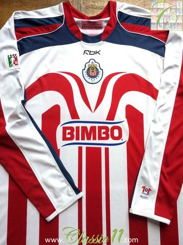 Relive Chivas de Guadalajara s 2006 2007 season with this vintage Reebok  home long sleeve football shirt. 7382c876f