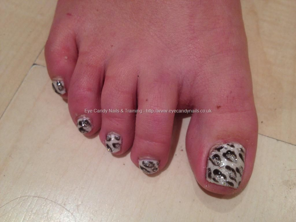 Black,+white+and+silver+freehand+gelish+gel+polish+nail+art | Nails ...