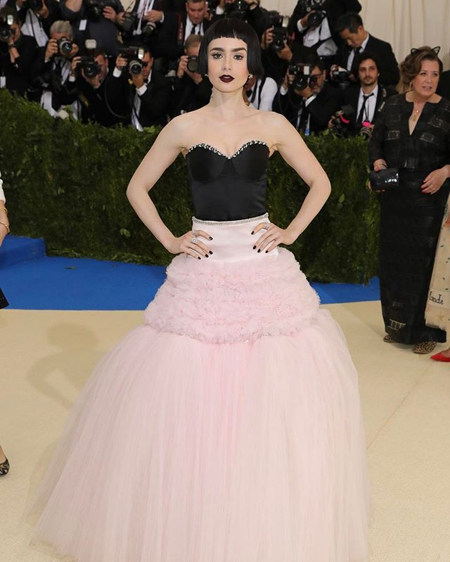 Now THIS is how you work a #MetGala theme.  #LilyCollins looking beautiful as always!   via TEEN VOGUE MAGAZINE OFFICIAL INSTAGRAM - Celebrity  Fashion  Haute Couture  Advertising  Culture  Beauty  Editorial Photography  Magazine Covers  Supermodels  Runway Models