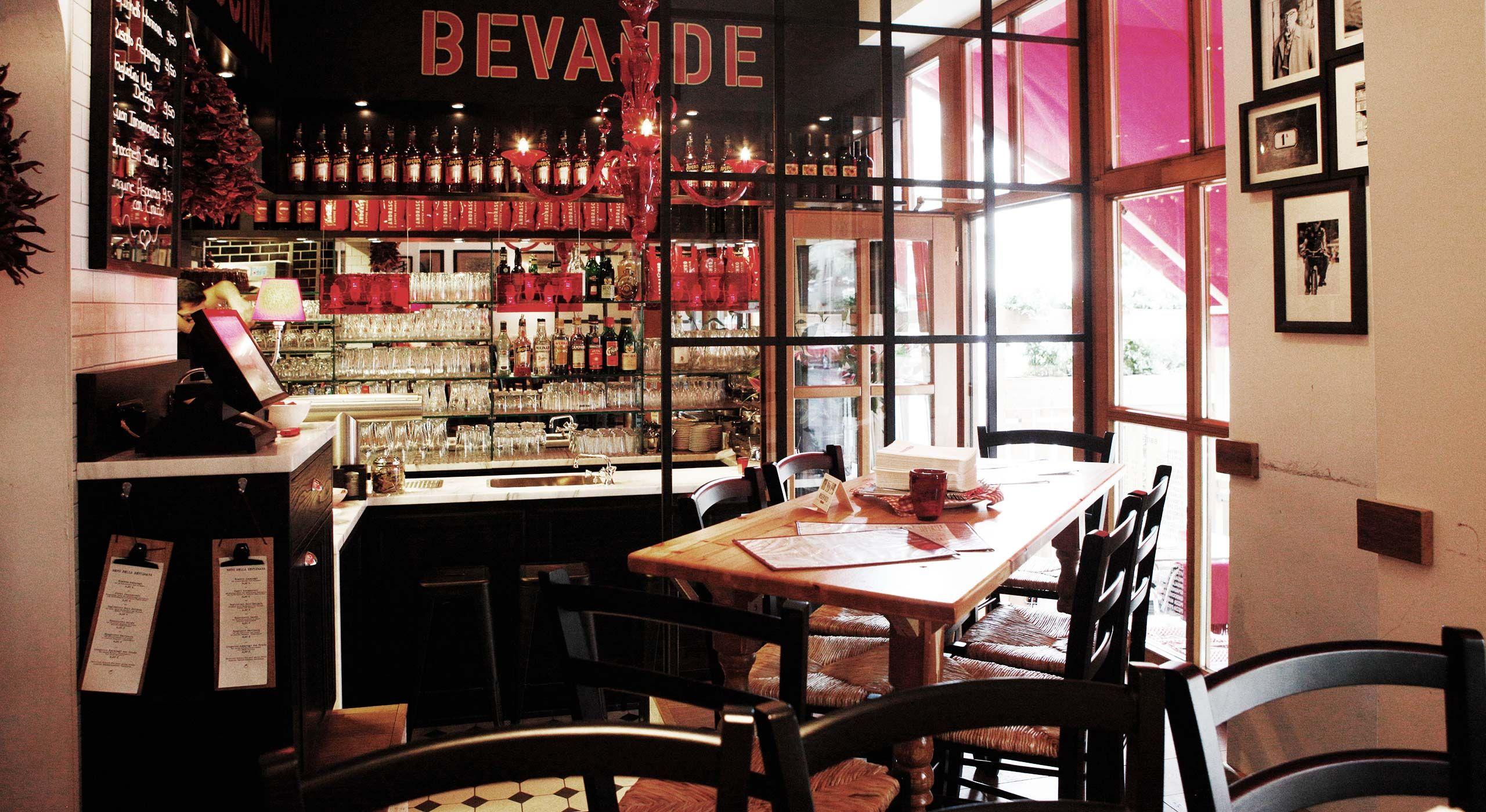 Ein Zimmer Küche Bar Nürnberg