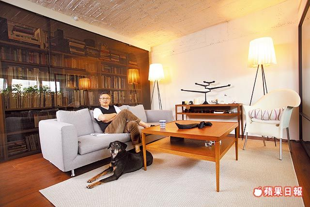 沙發天花板書櫃咖啡桌立燈 Home Decor Furniture Home