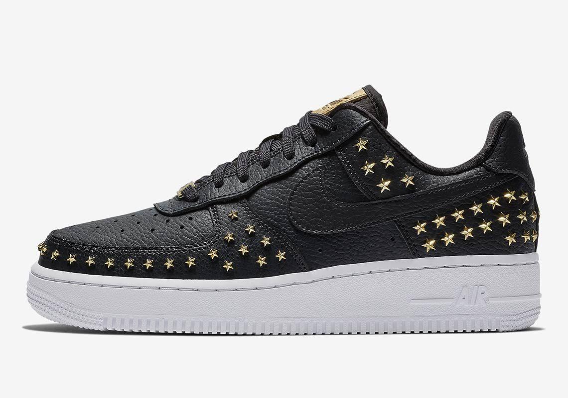 """huge discount 4273f a413d Nike Air Force 1  07 """"Star-Studded""""   Footwear in 2019   Nike air force, Nike  shoes air force, Nike"""