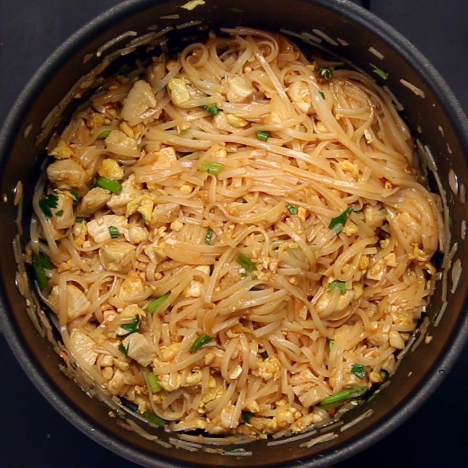 One pot pad thai httpsfacebookbuzzfeedtastyvideos food forumfinder Image collections