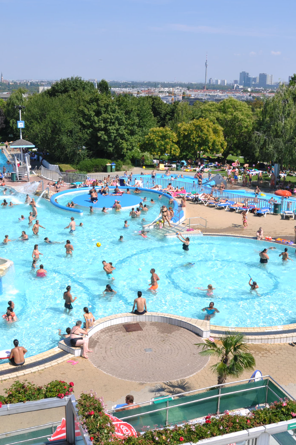 When The Heat Sits Heavy On The City Vienna S Open Air Swimming