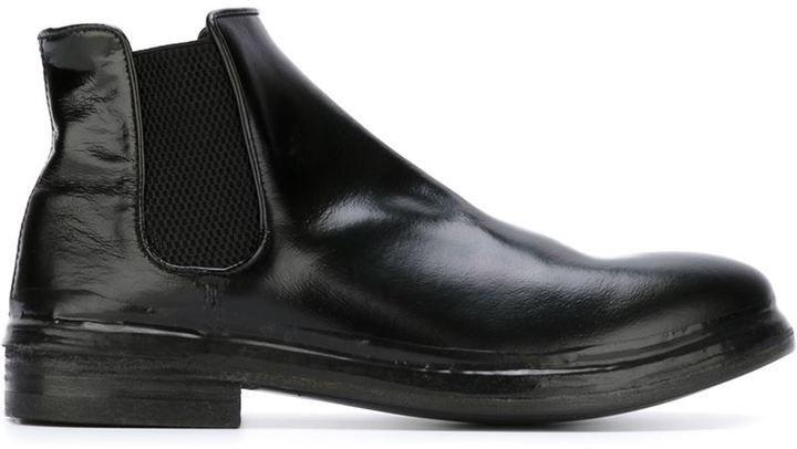 1f04dcb06 Flat Chelsea Boots