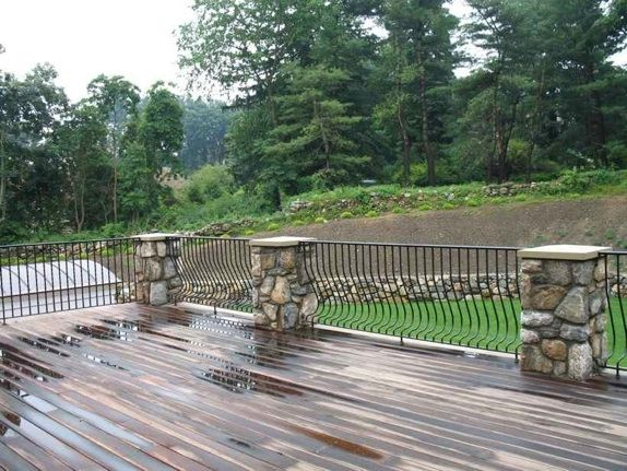 Best Stone Post For Deck Railing Check Out Many Deck Railing 400 x 300