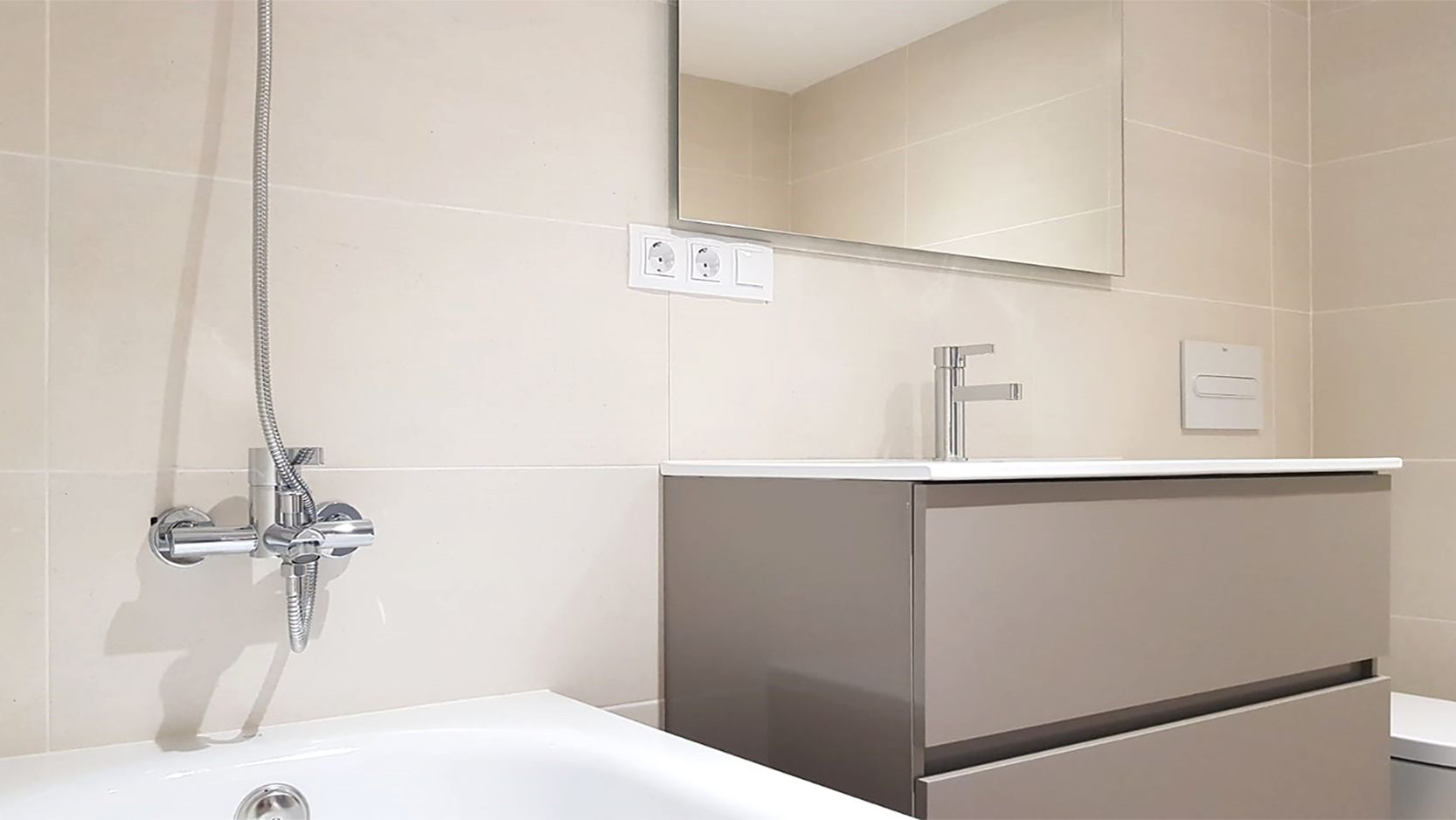 vanity bathroom vanity