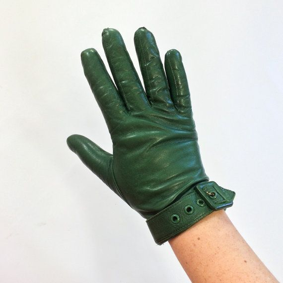 70s MOTO Green Leather Gloves BUCKLE Winter Gloves Womens Small Gloves Feminine DRIVING Gloves Vintage Colorful Leather Gloves Retro 1970s