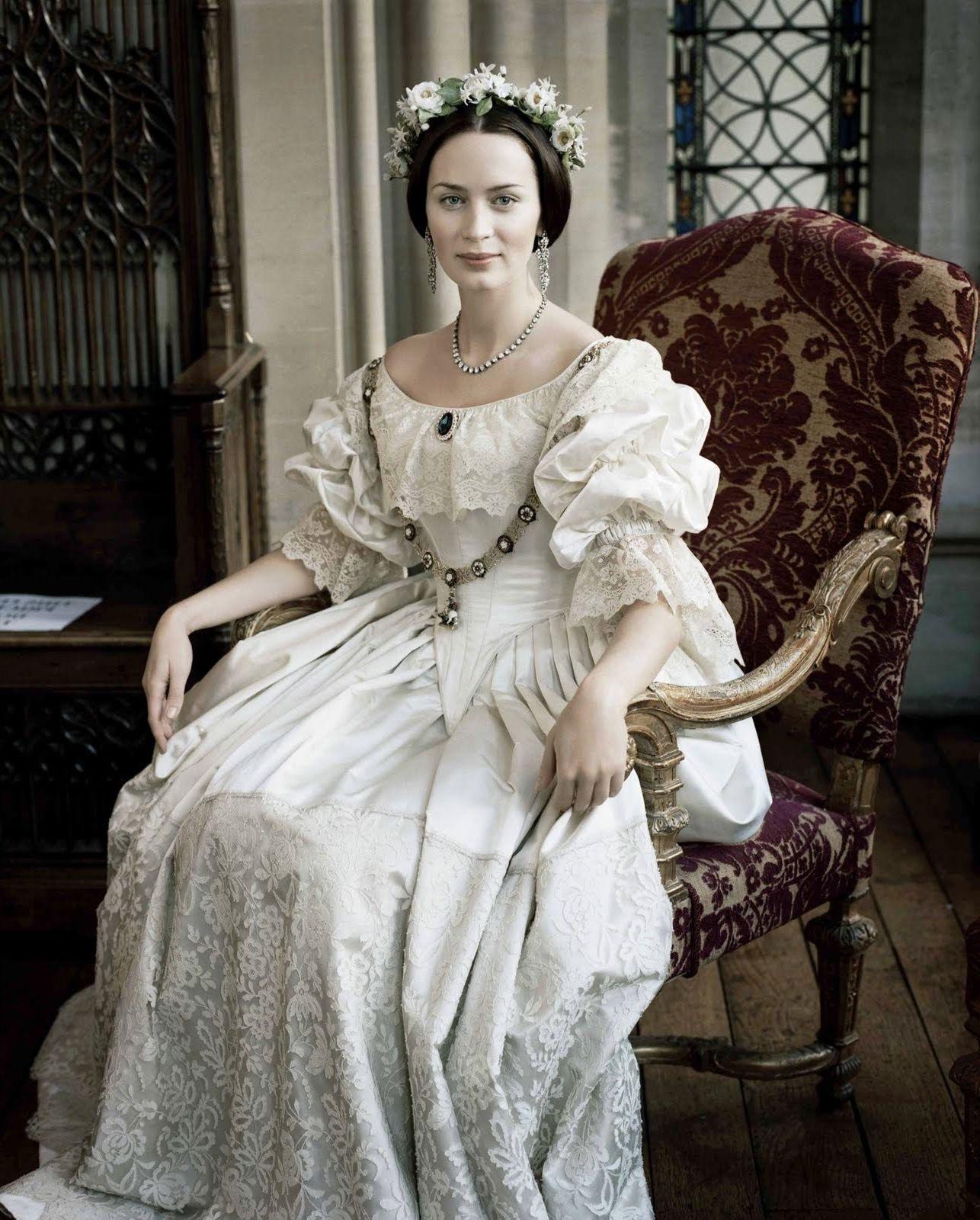 Emily Blunt Valentino Wedding Dress | Wedding Dress | Pinterest ...