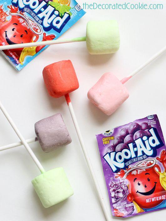 Kool Aid marshmallow pops are a Summer treat idea