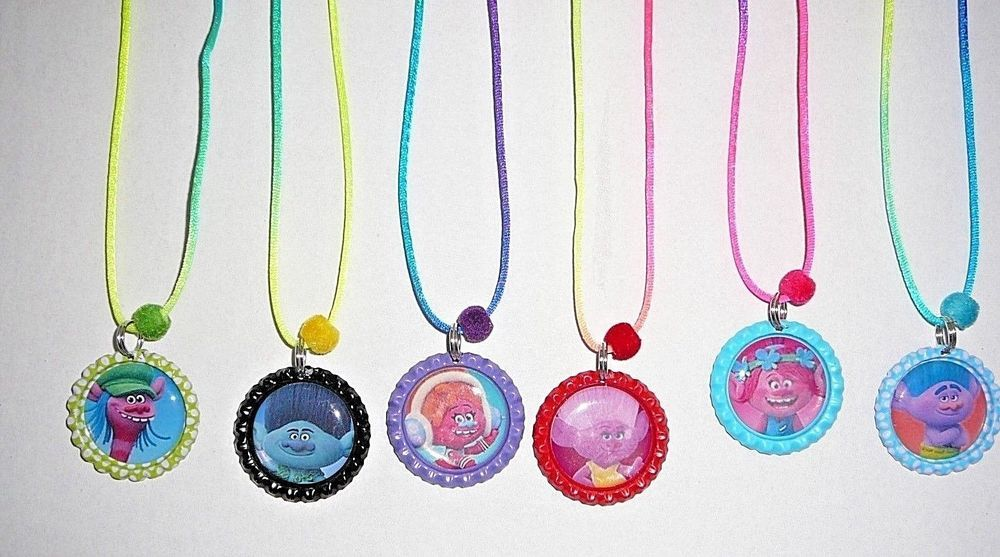 Bottle Cap Necklaces are colored bottle caps with colorful images printed on high quality glossy photo paper. Bottle Cap Necklaces on assorted colored laces necklaces. | eBay!