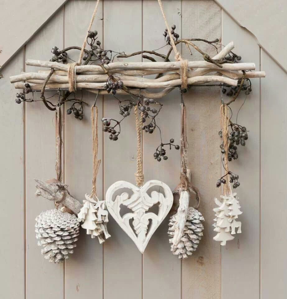 diy cottage seasonal decor beautiful shabby chic christmas decoration made with branches pine cones and other natural materials love this idea
