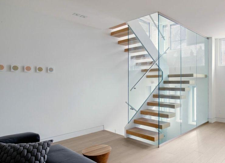 Ancien entrep t de fleurs transform en maison d architecte toronto stair - Escalier de maison interieur ...