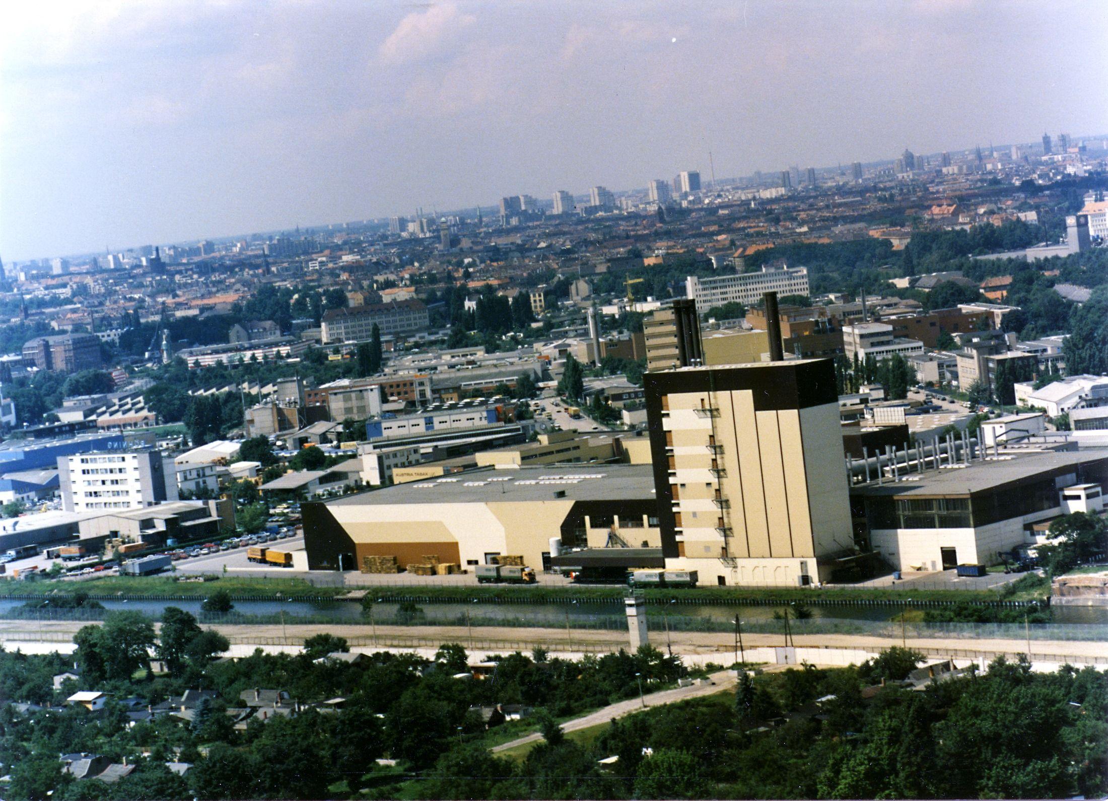 Luftbild Der Grenze Am Britzer Verbindungskanal In Berlin Neukolln Berlin Luftbild Bilder