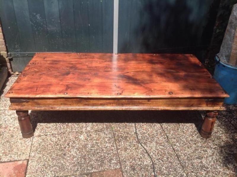 Zu Verkaufen Original Massiv Holz Couchtisch Mit Schone Details