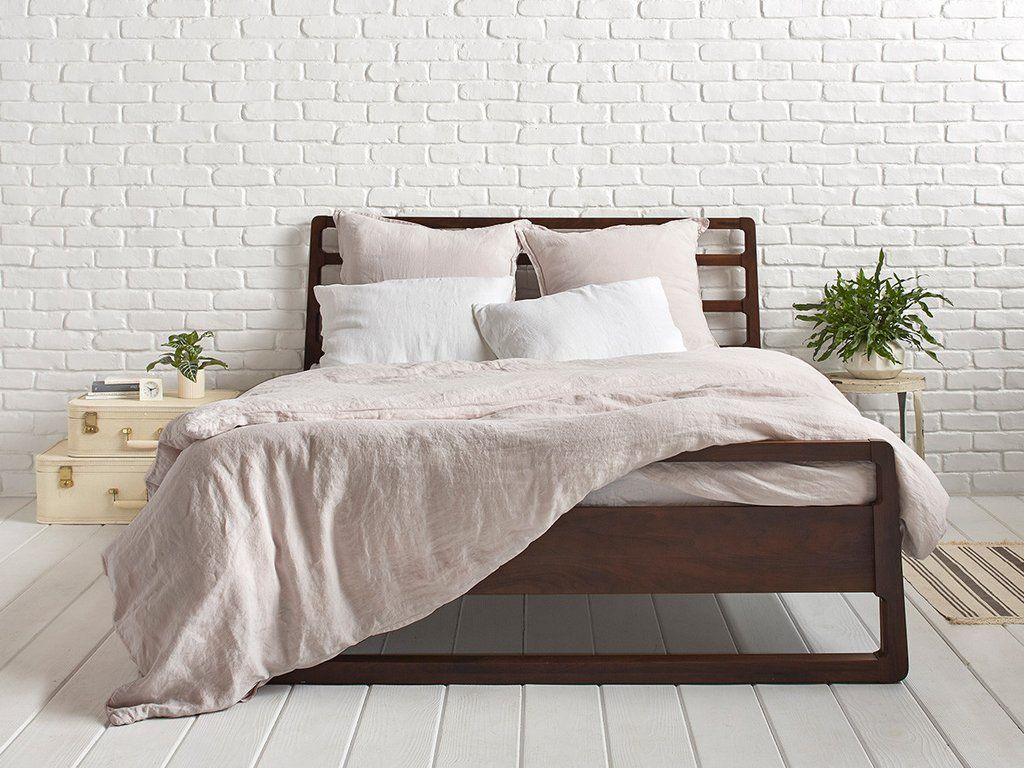 The Best Cotton And Linen Duvet Covers For A Great Night S Sleep Linen Duvet Covers Linen Duvet Cool Beds