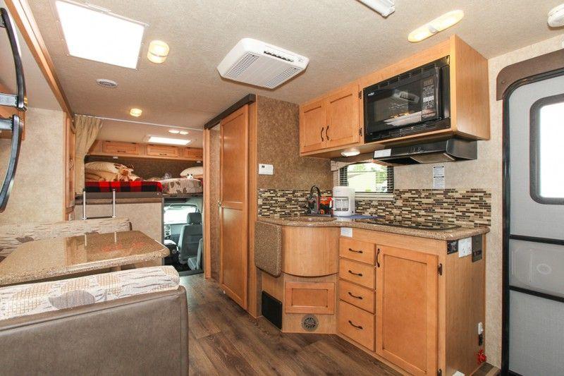 4x4 motorhomes interior | Rentals - Adventurer 4 - Fraserway