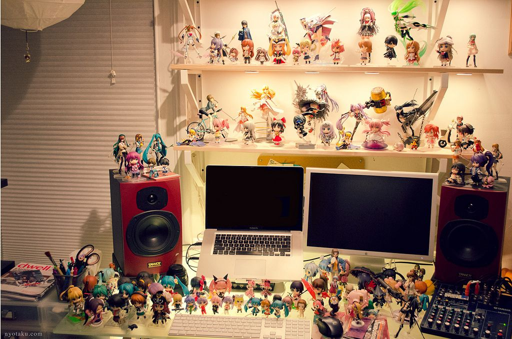 Desk anime figures anime figure photography