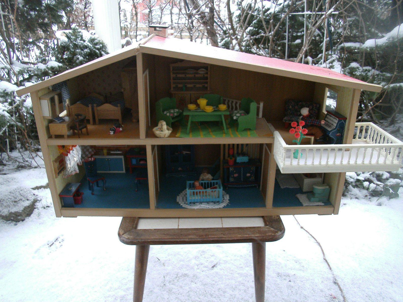 lundby puppenhaus 70er jahre mit balkon und einrichtung. Black Bedroom Furniture Sets. Home Design Ideas