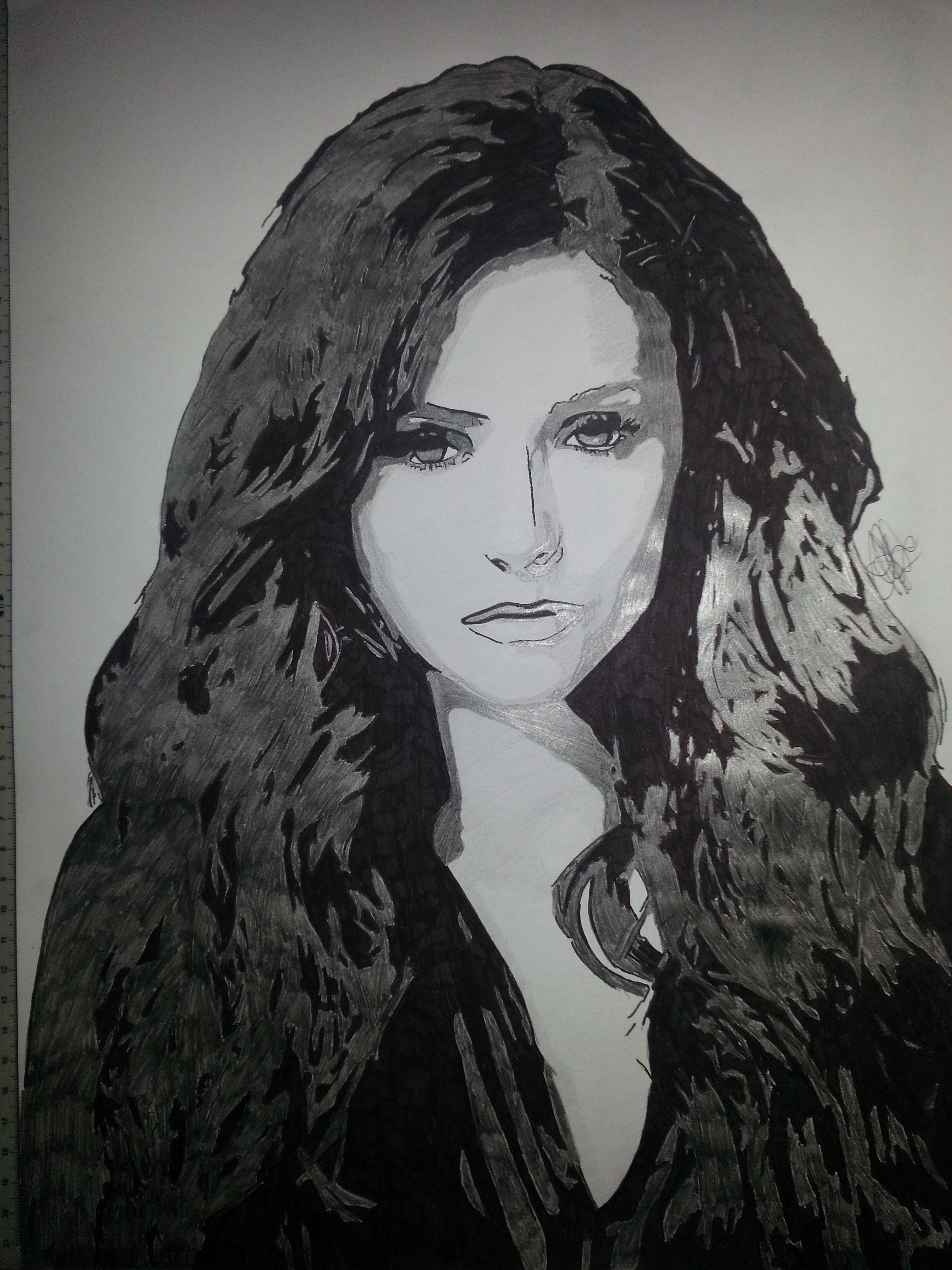 Nina dobrev alias katherina pierce and elena gilbert on vampire diaries emmris dessin dessin - Coloriage vampire diaries ...