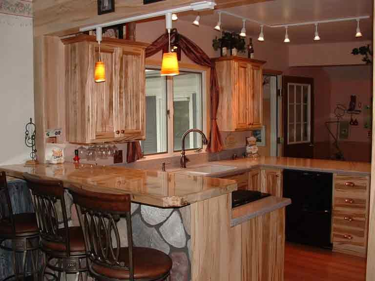 rustic maple cabinets - Google Search | cottage kitchen | Pinterest ...