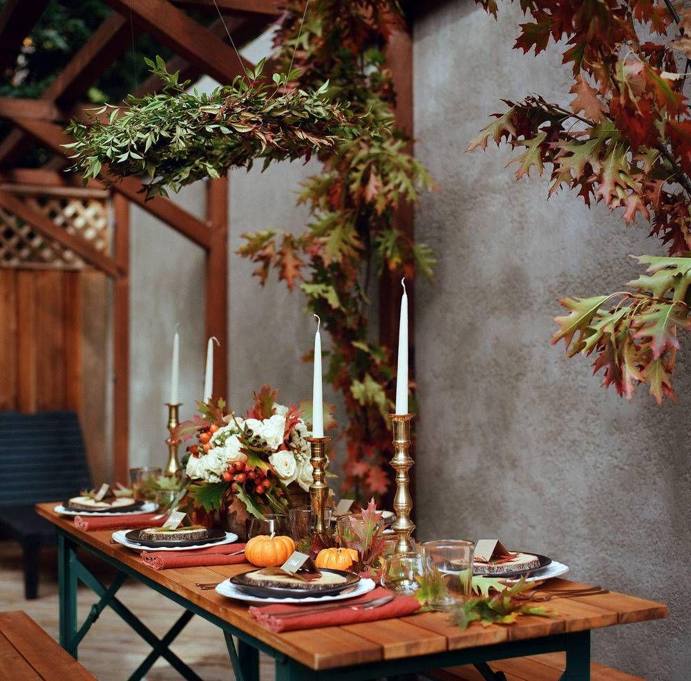 Outdoor Thanksgiving, Dining Room