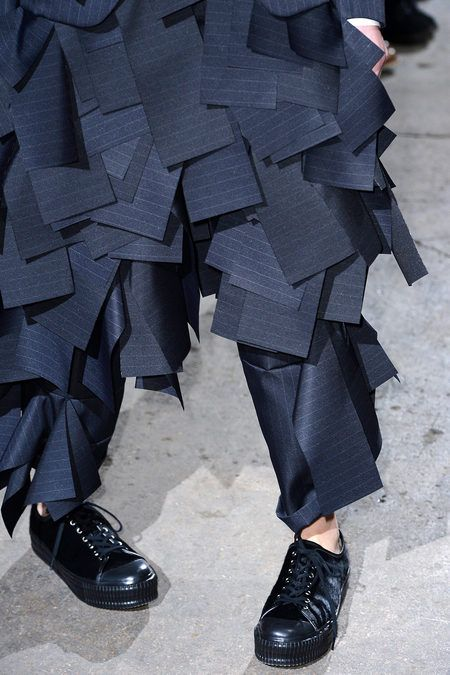 Comme des Garçons PARIS FALL 2013 READY-TO-WEAR