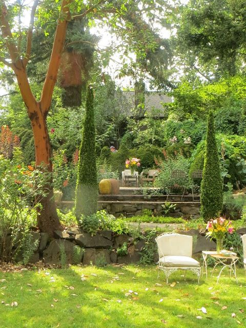 The Bella Madrona Garden Near Sherwood, Oregon