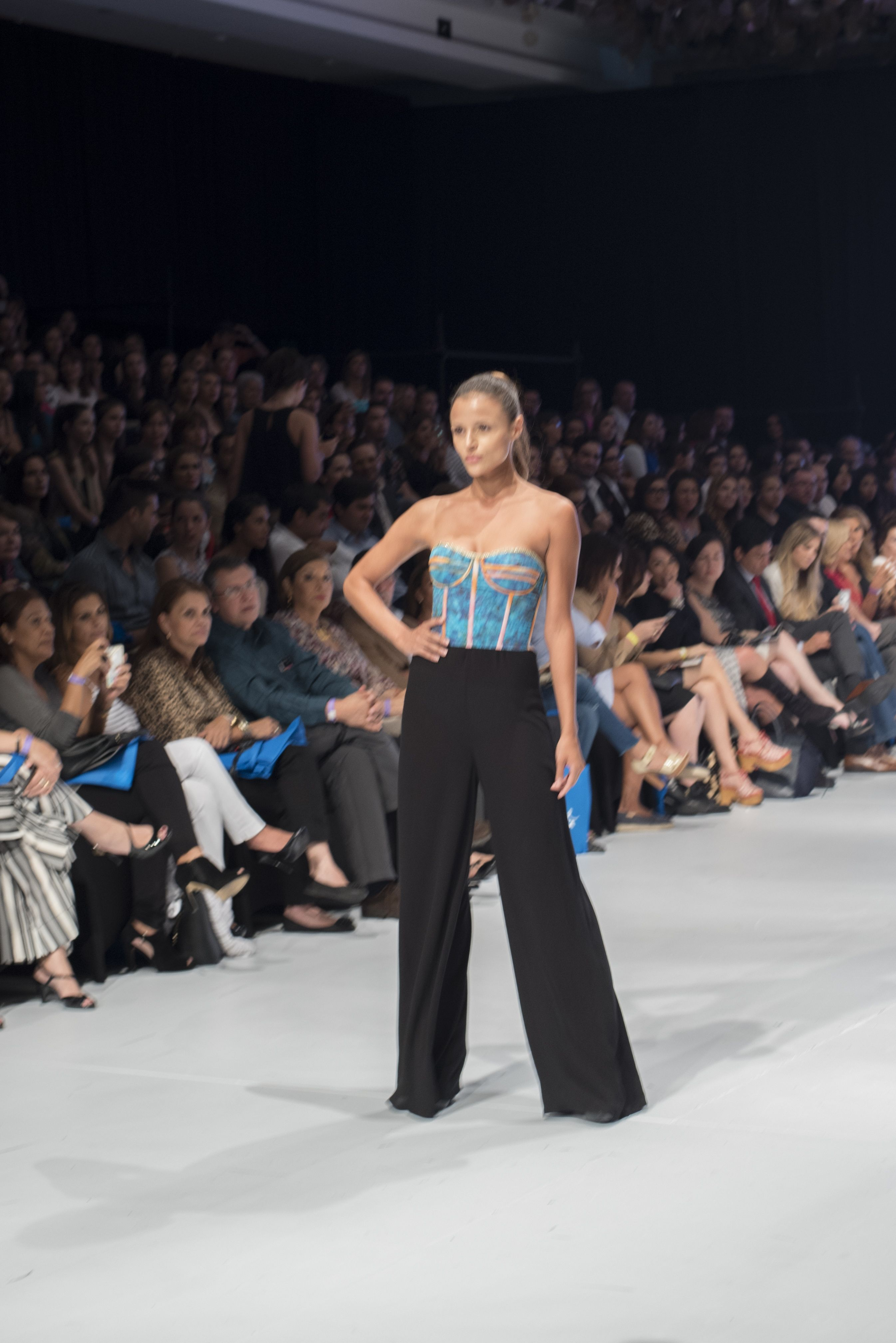 Republicana At The Mercedes Benz Fashion Week San Jose 2016 Fashion Mercedes Benz Fashion Week Fashion Week