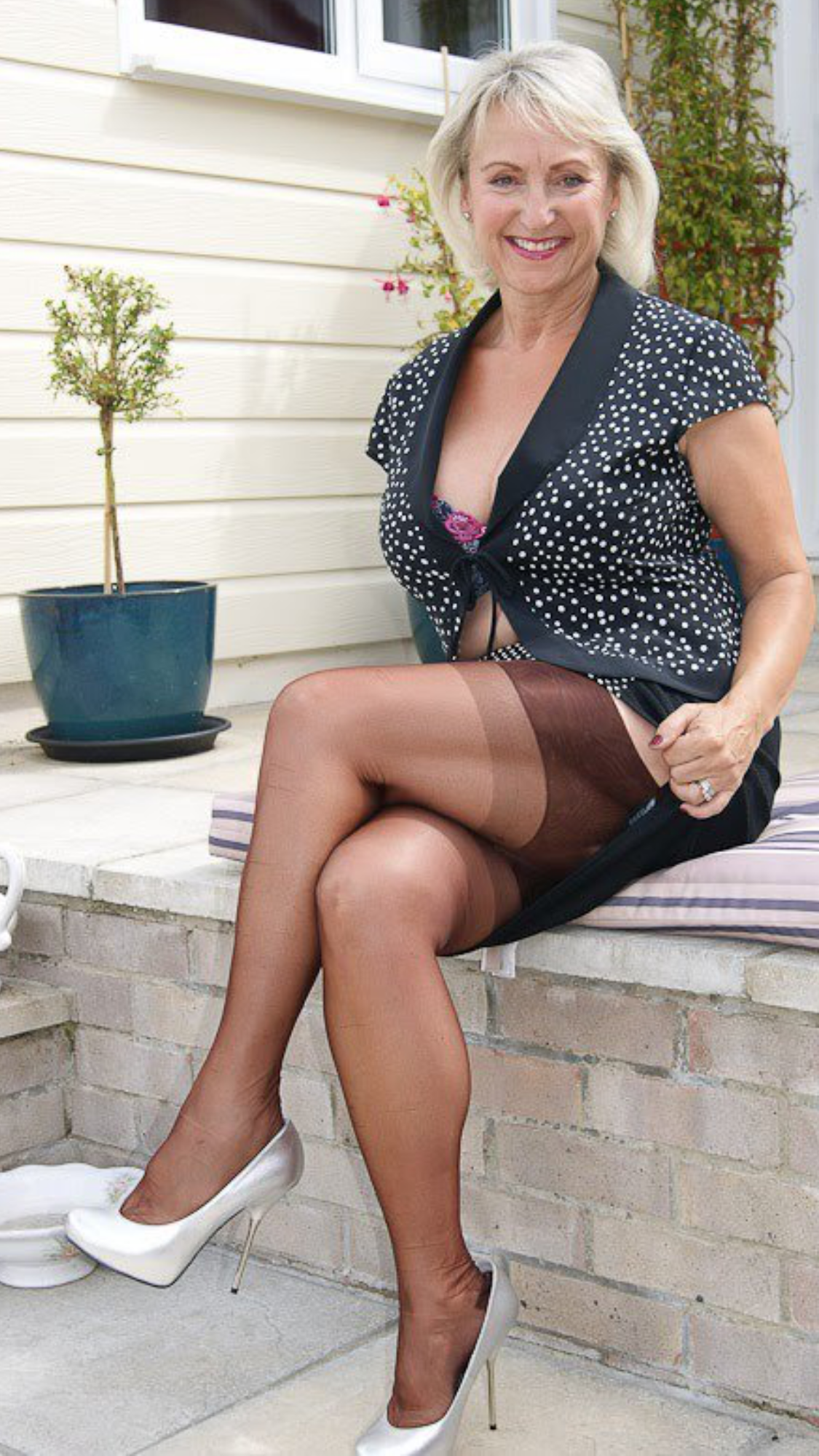 michelle's nylons | milf | pinterest | stockings, legs and stocking