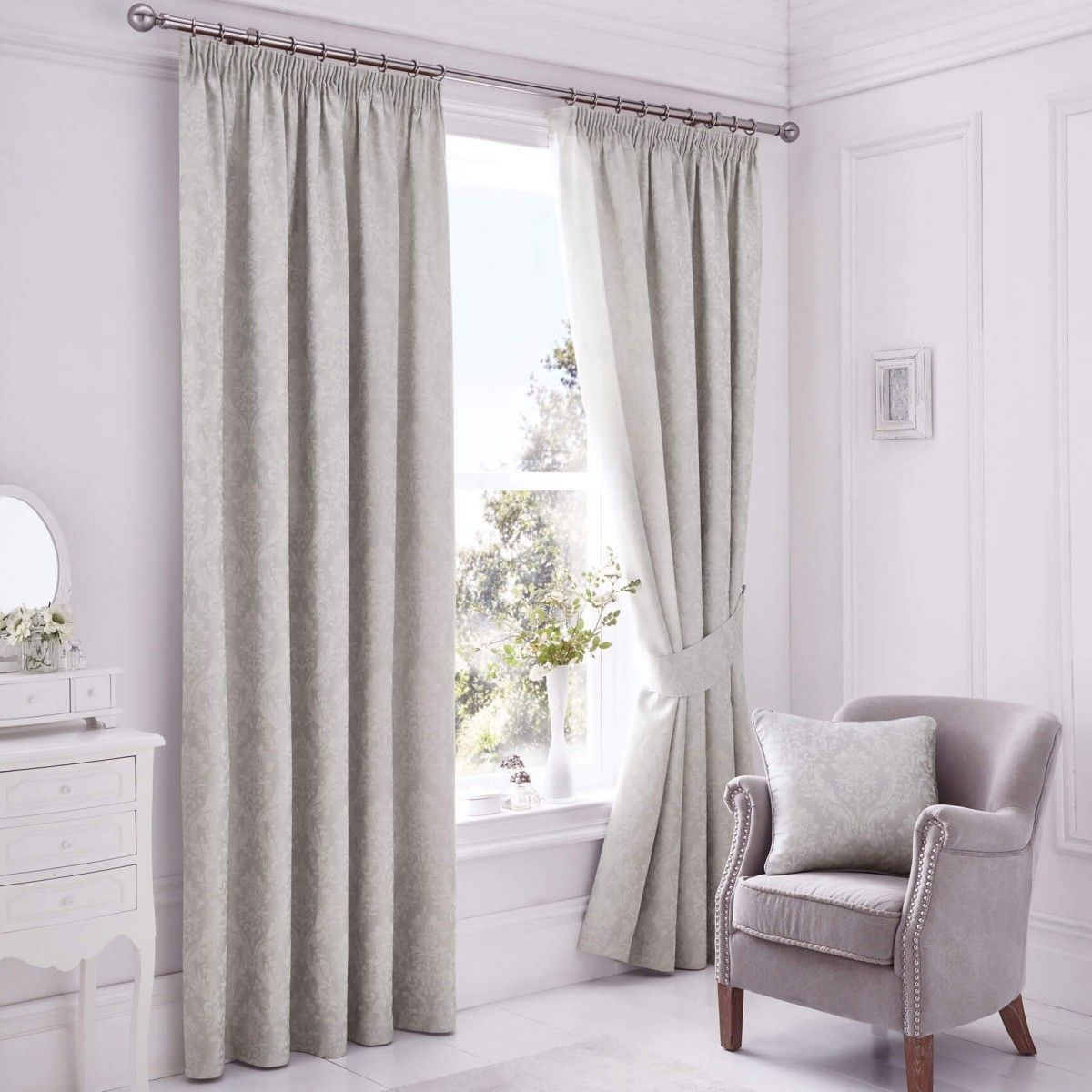 An extravagant and stunning jacquard design curtain