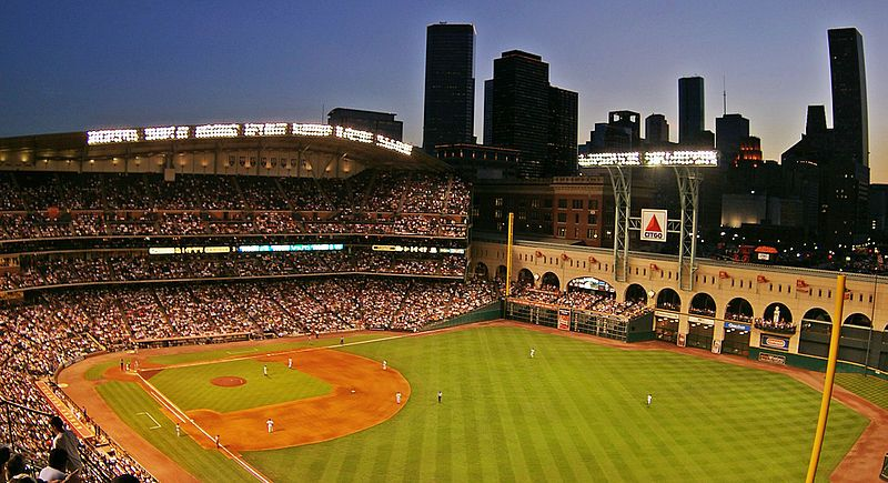 Minute Maid Park Another Farce I Ve Never Seen This Stadium Roof Open Either Neat Little Minipark Minute Maid Park Minute Maid Minute Maid Park Houston